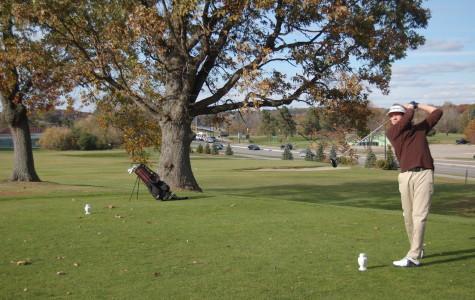 Spencer Vs: Spencer Plays Rob Aldrich In Golf