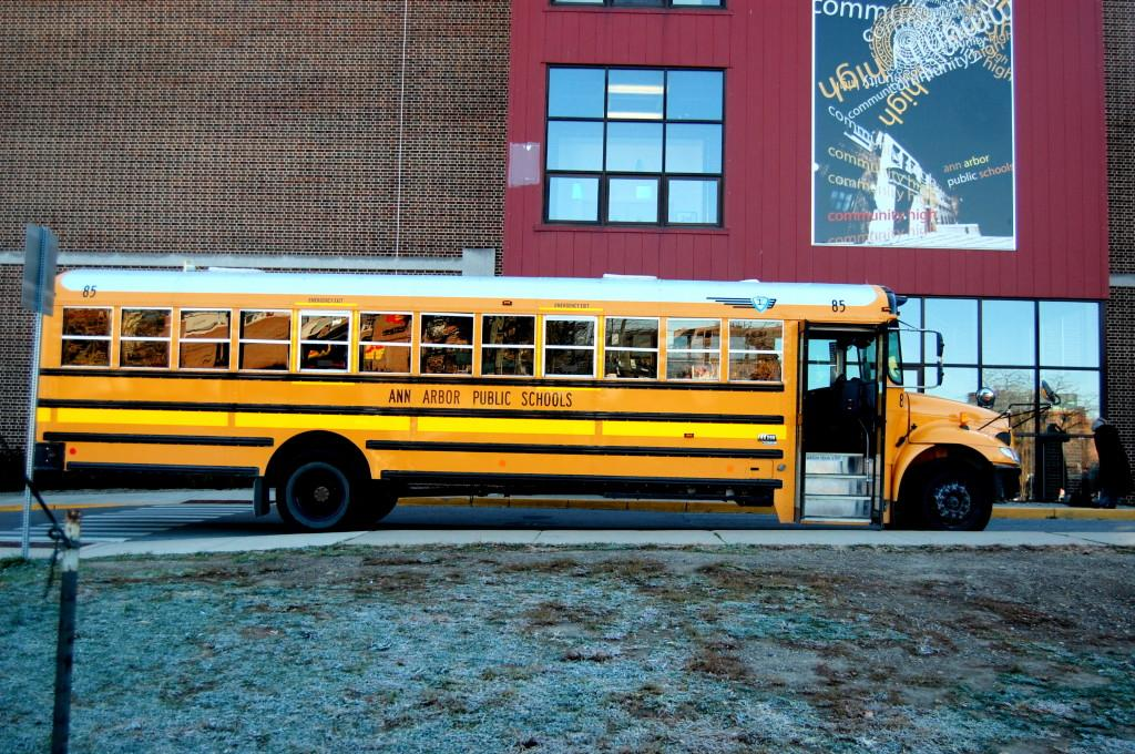 Shuttle+buses+between+CHS+and+the+other+high+schools+makes+split+enrolling+possible.