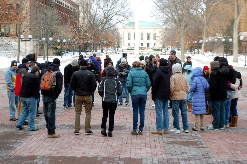 %22Circle+of+Unity%22+Draws+Crowd+on+MLK+Day