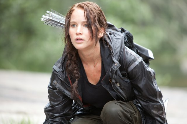 Jennifer+Lawrence%2C+a+natural+blond%2C+was+told+to+dye+her+hair+brown+to+better+portray+Katniss.+
