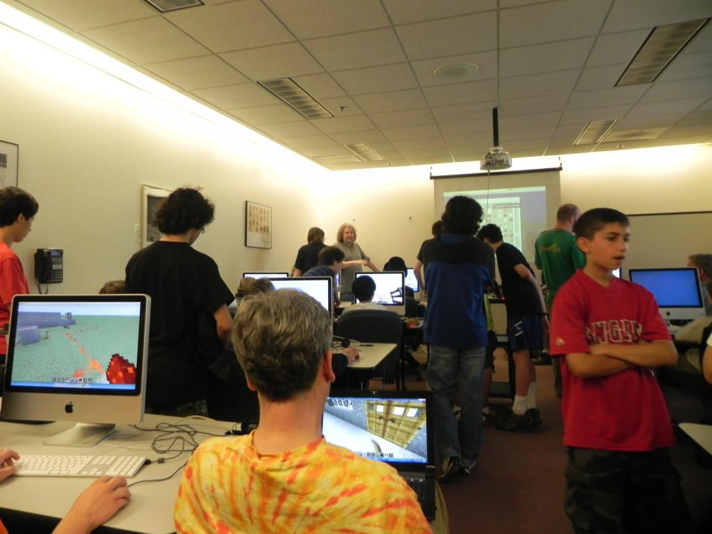 The 3rd floor computer lab was packed during the event.