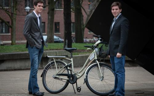 Co-founders Ansgar Strother and Keith Porter with the prototype