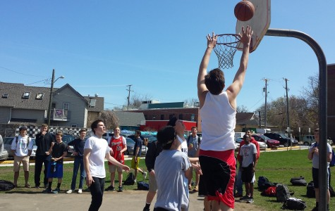 3v3 Basketball Tournament Kicks Off, First Round (Video)