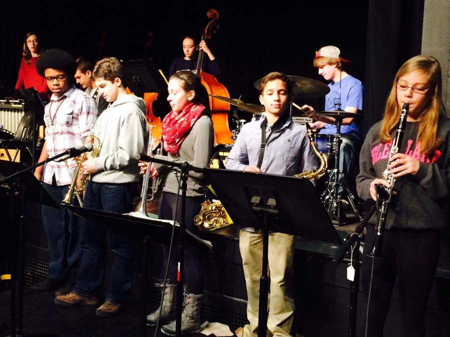 Jazz II rehearses for their upcoming concert.