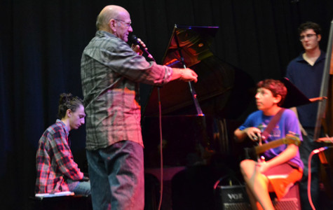 Liebman offers advice to members of CHS Jazz combo Tempus Fugit.
