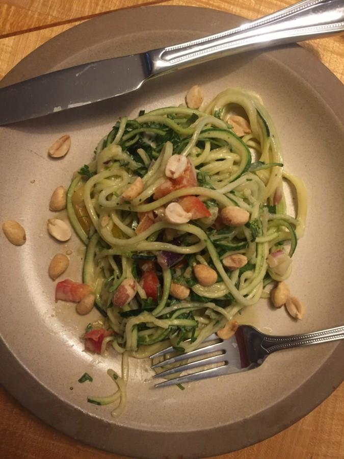 Zoodles+with+Peanut+Sauce