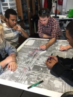 Landscape Architects Meet With Community Students to Discuss Redevelopment
