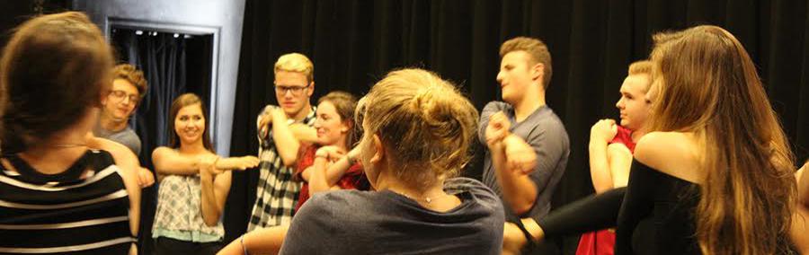 CET actors warm up before callbacks