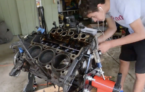Timelapse of an Engine Rebuild