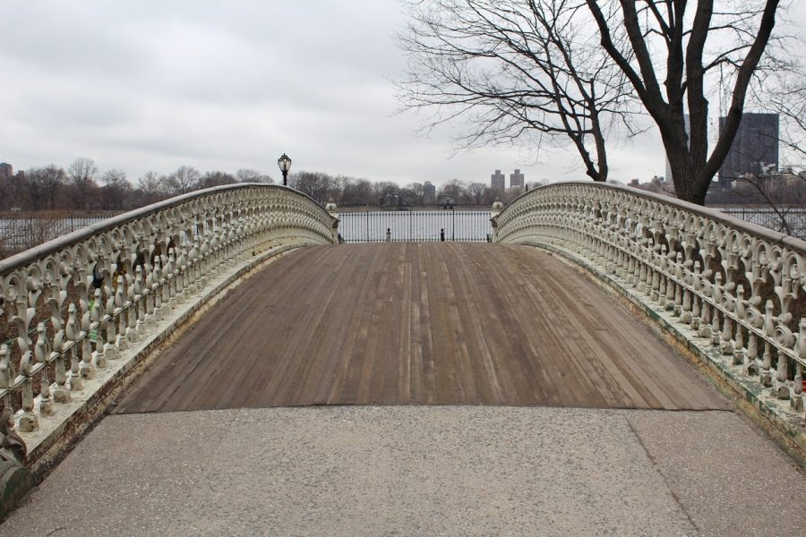 A walking bridge overlooking the Receiving Reservoir. Normally crowded with joggers and bikers, this day it is quiet.