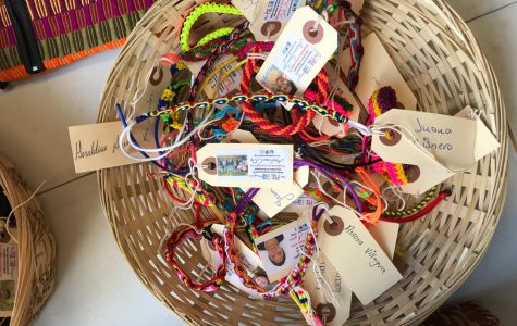 Students Sell Bracelets to Support the Pulsera Project