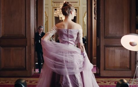 Review: In 'Phantom Thread,' a Gown is a Love Letter