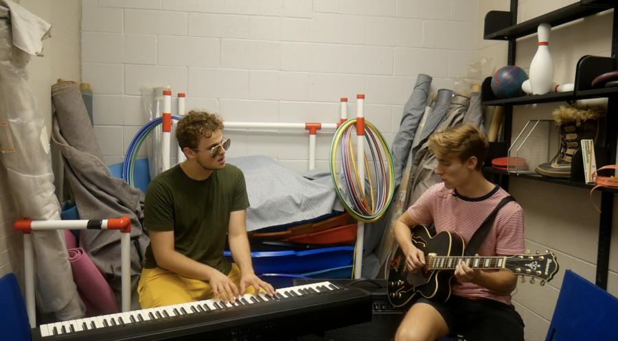 Mini Gym Musicians: Sacha Verlon and Aris Chalin