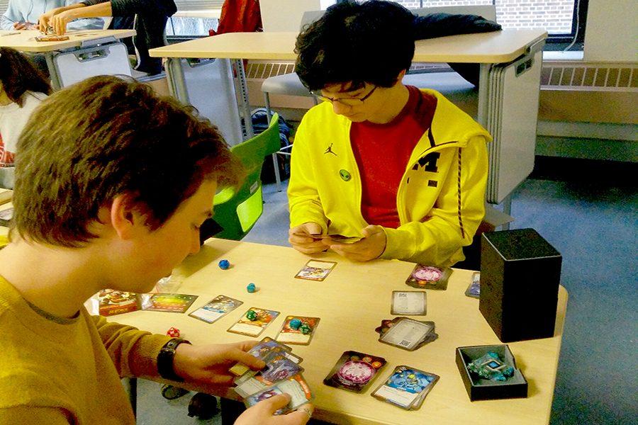 KeyForge: an unusual card game