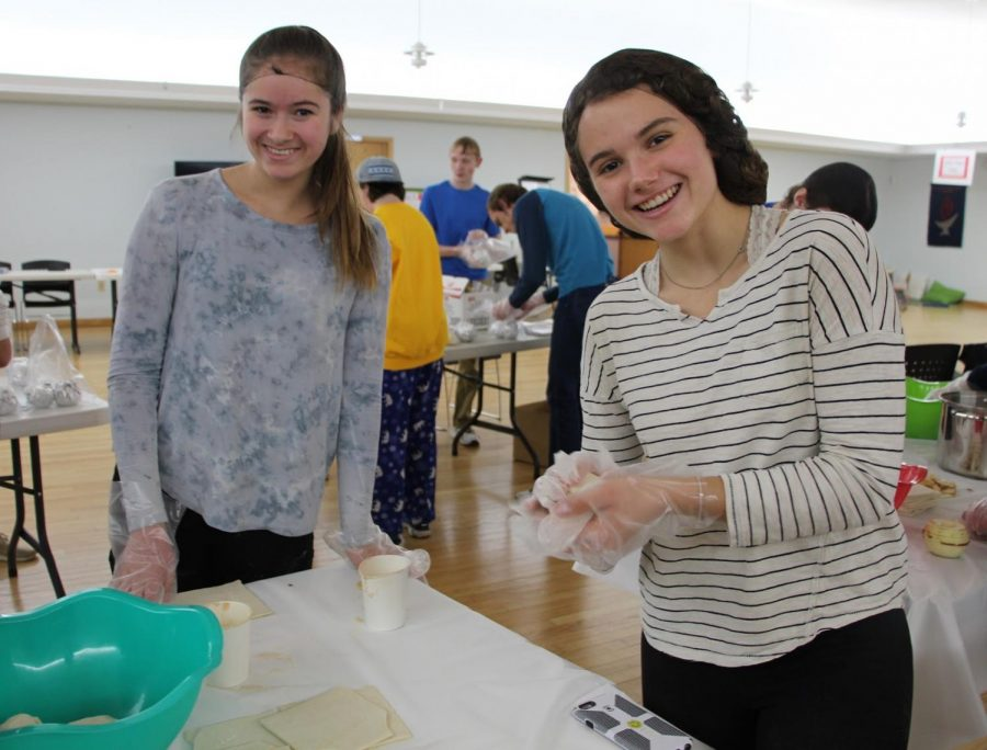 Students support kids in need at Unitarian Universalists Congregation