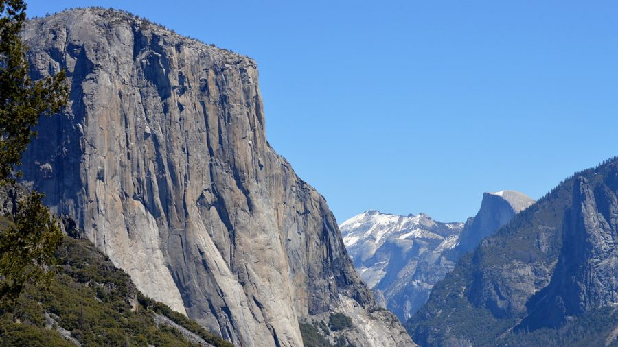 El+Capitan+is+a+daunting+rock+formation+in+Yosemite+National+Park.+For+many+years%2C+it+has+been+a+popular+obstacle+for+rock+climbers.+Alex+Honnold+is+the+only+person+to+ever+complete+a+free+climb+of+El+Capitan.